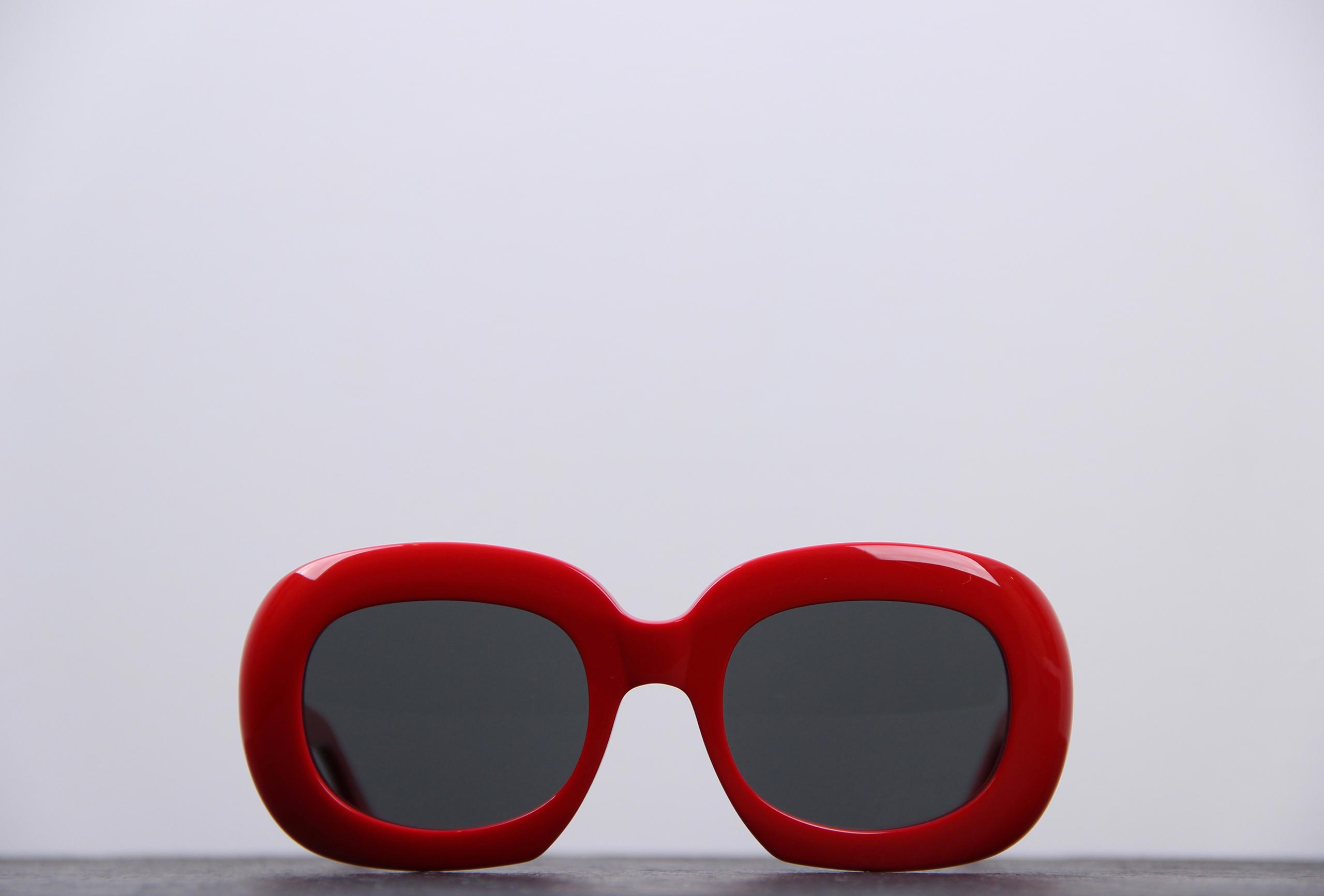 lunette celine rouge avec monture epaisse