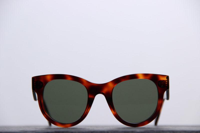 celine-lunette-oeil-de-chat